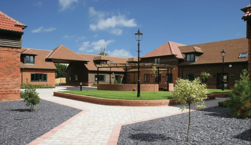 6 Beech Court, Wokingham Road, Hurst, Twyford, Berkshire, RG10