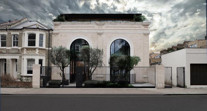 2a Loftus Road, Shepherd's Bush, London, W12