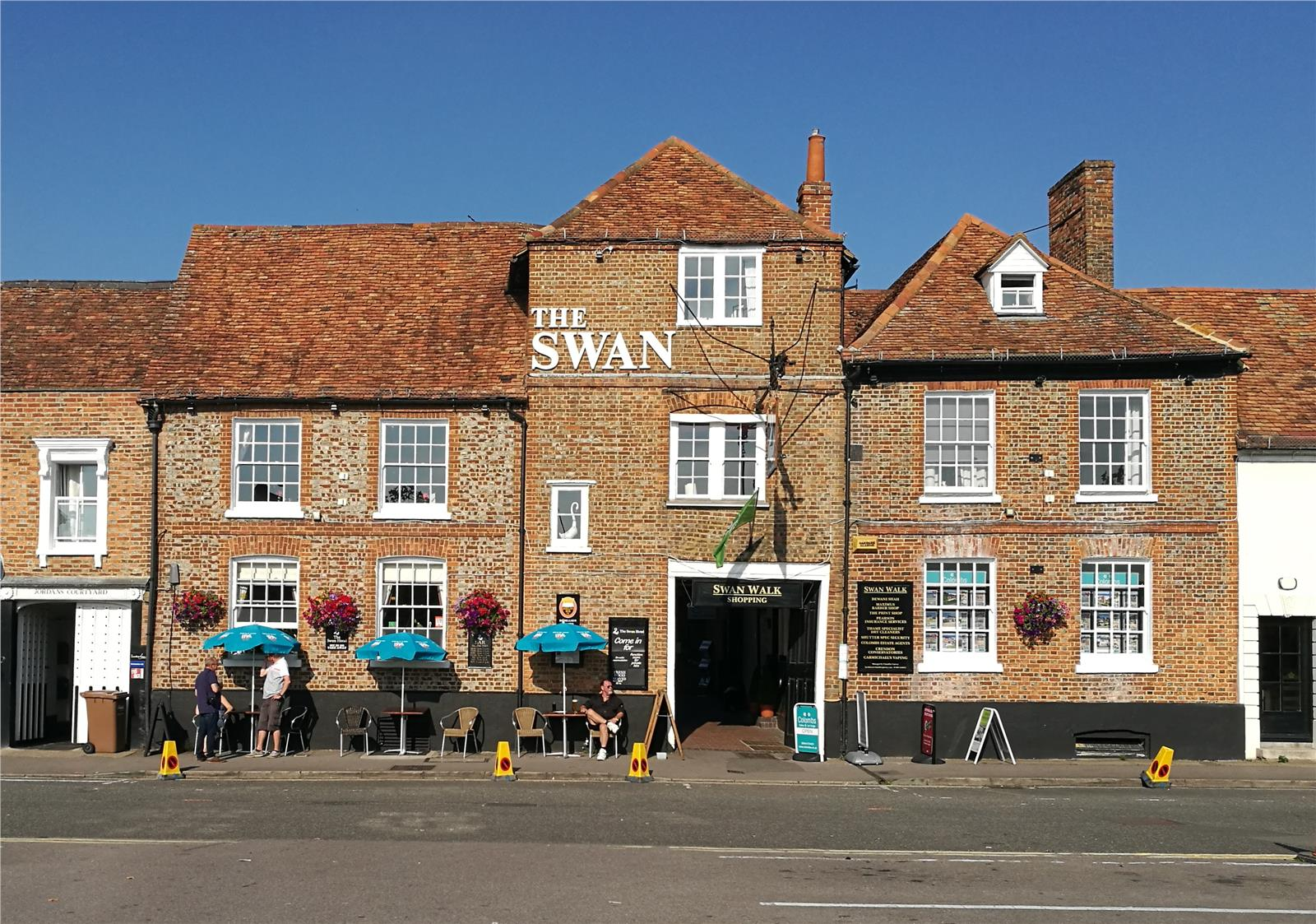 The Swan Hotel, Upper High Street, Thame, Oxfordshire, OX9