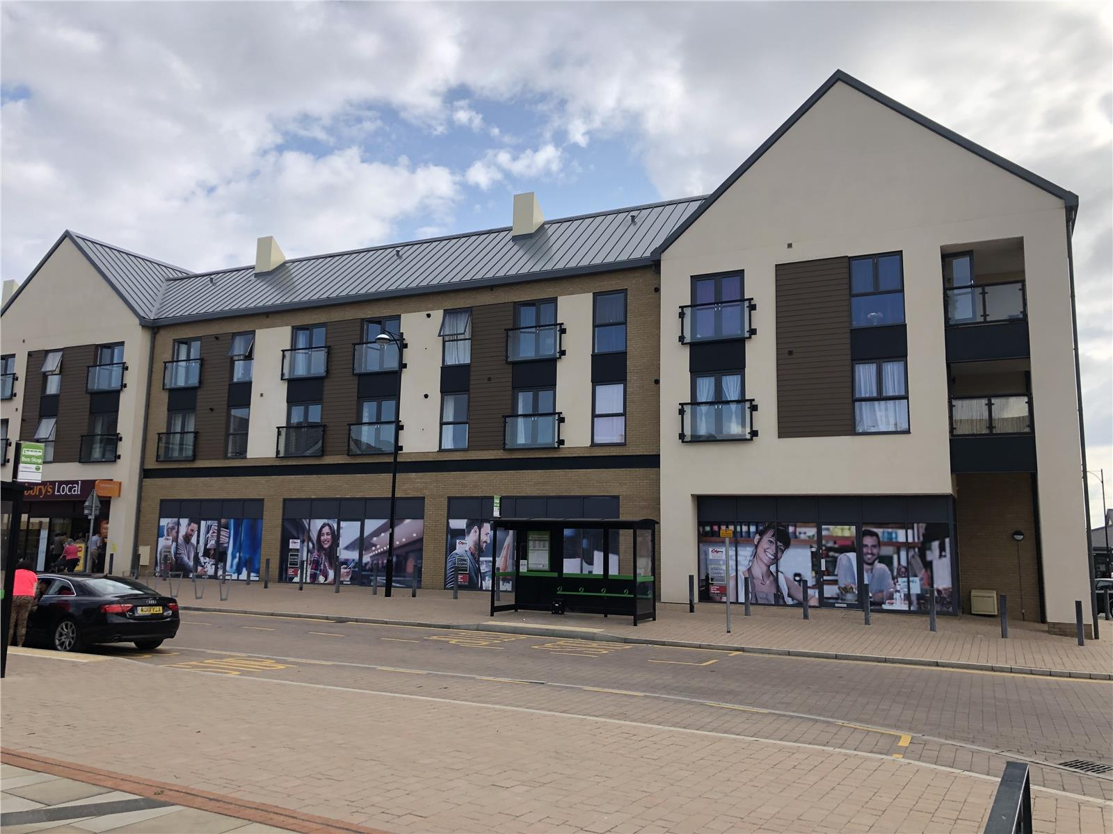 Unit 2 Central Square (retail), Kings Reach, Biggleswade, Bedfordshire, SG18
