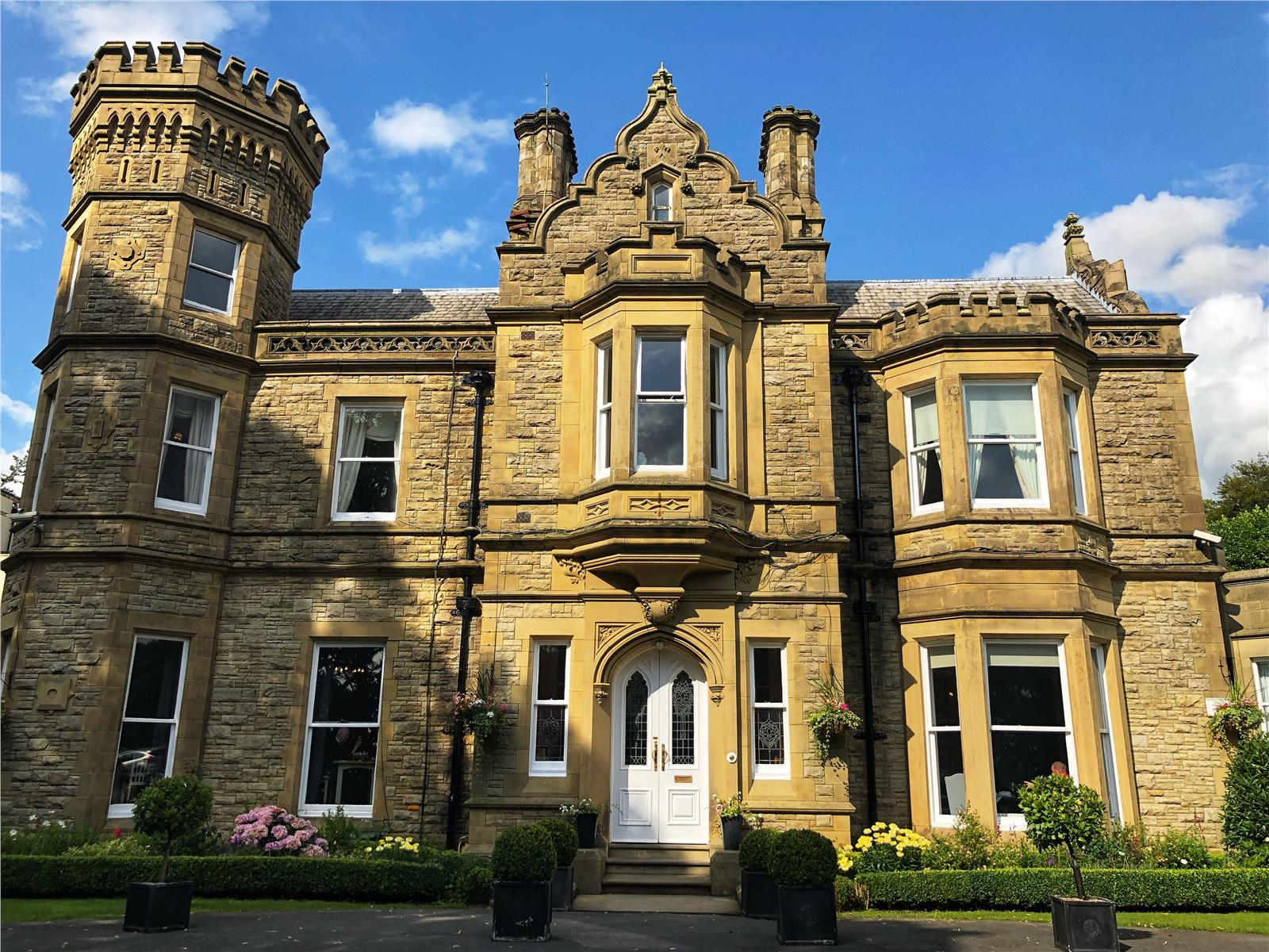 Hollin Hall Country House Hotel Jackson Lane, Kerridge, Macclesfield, SK10 5BG