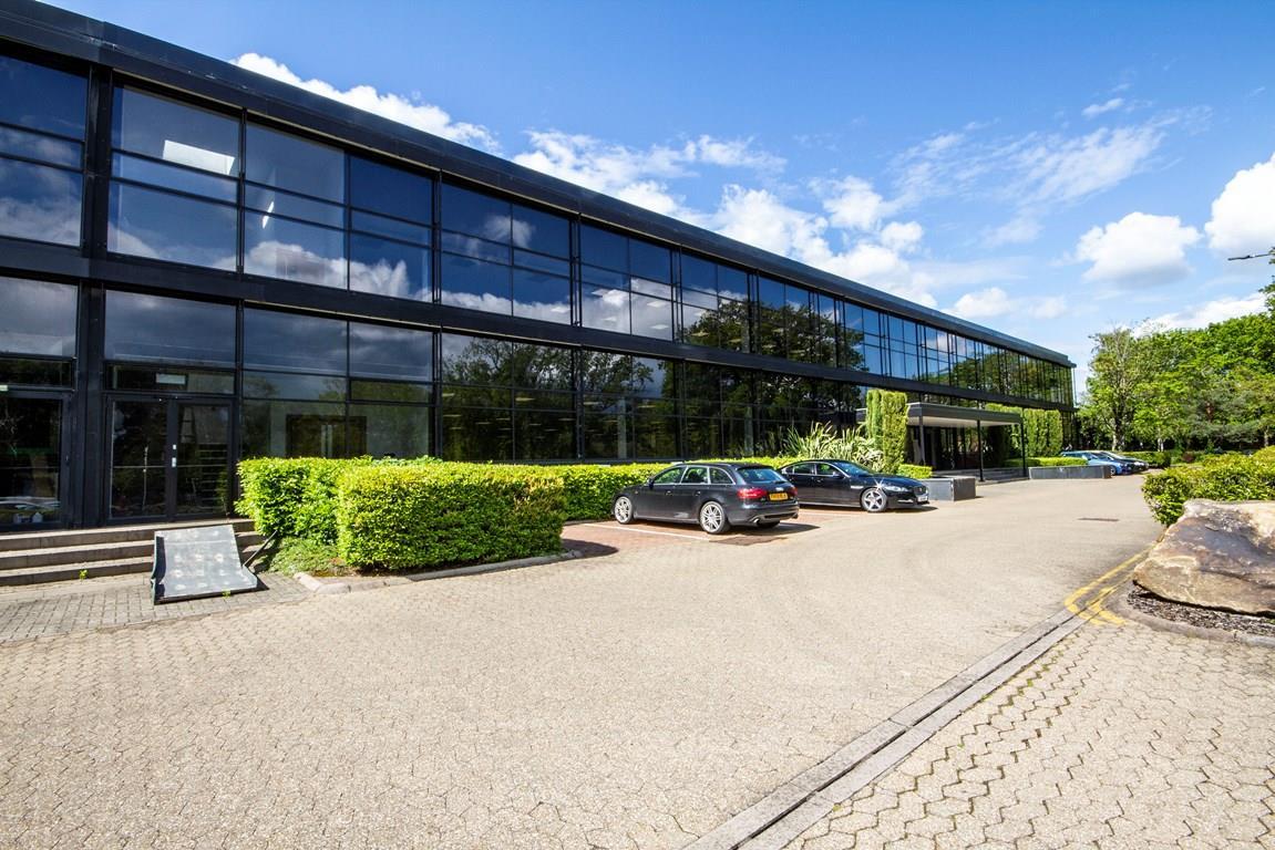 Unit 22, Woking Business Park, Sheerwater, Woking, South East, GU21